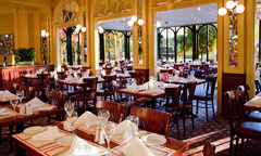 Restaurant à WdW. DL_CHEFDF_240